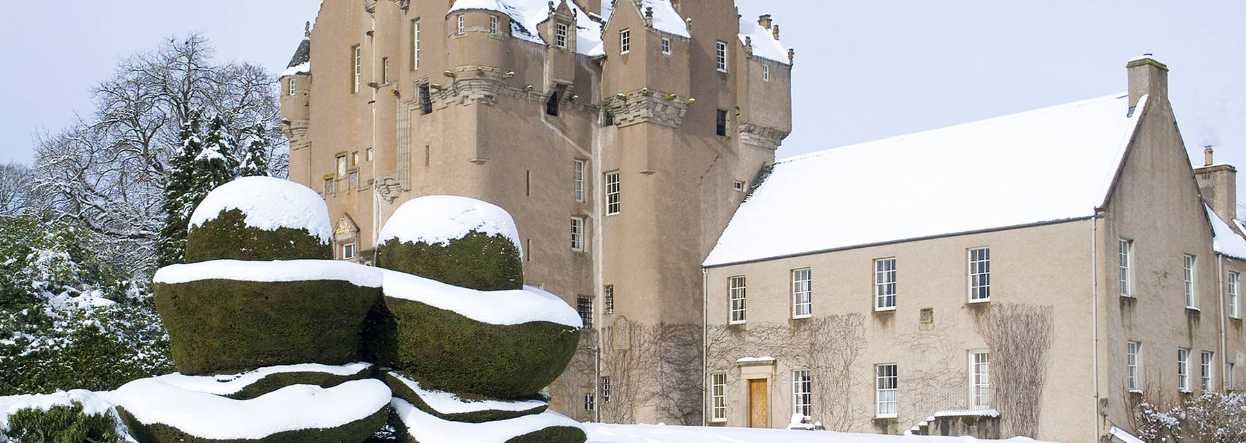 Crathes Castle in the snow