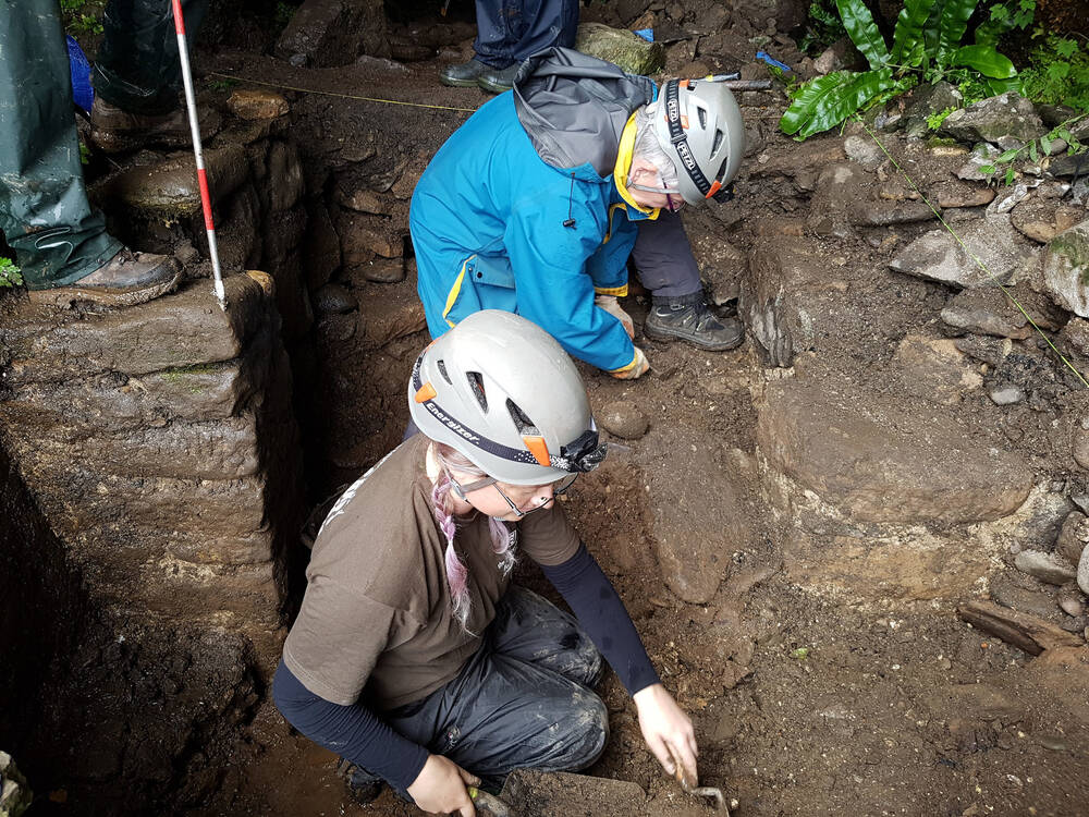 The remains of a doorway were discovered.