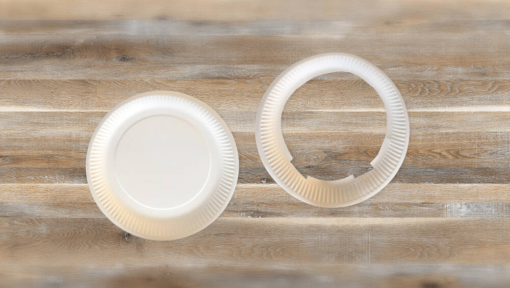 Paper plates used for Easter bunny ears' headband