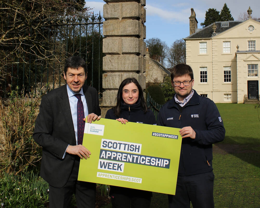 Ken Macintosh MSP, Eilidh and Simon Jones from the Trust at Greenbank Garden
