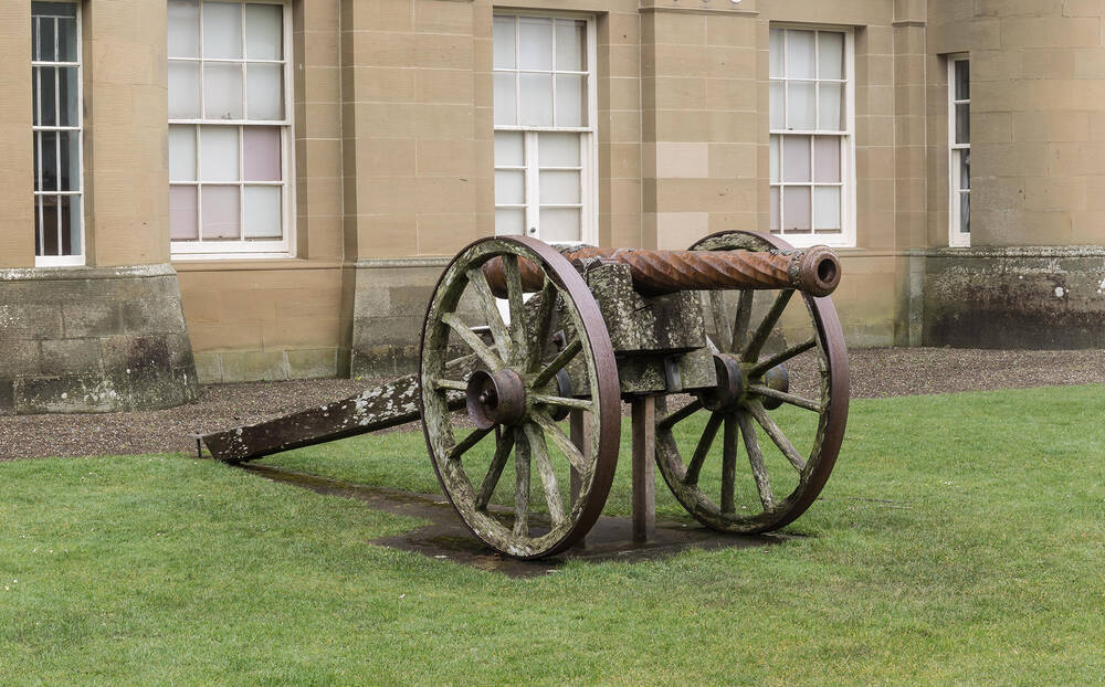Close-up of one of the cannons
