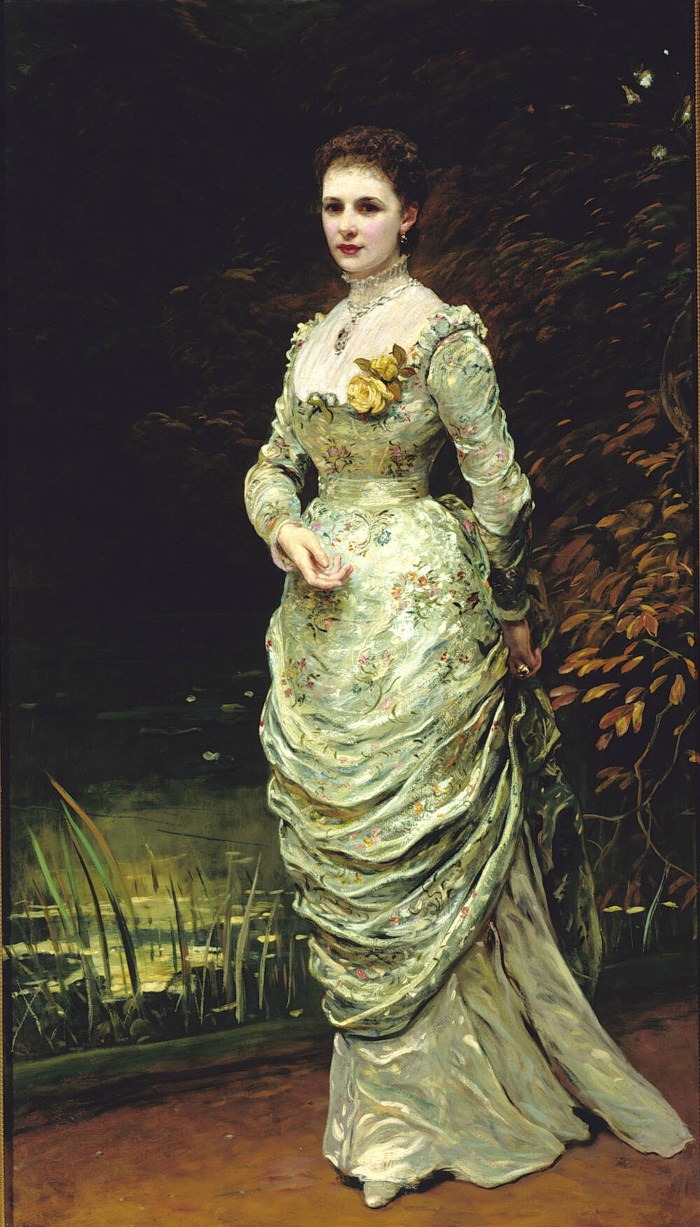 Full-length portrait of Ishbel, Countess of Aberdeen