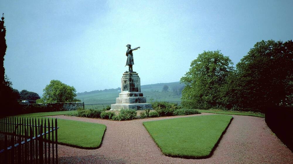Cameronians' Regimental Memorial
