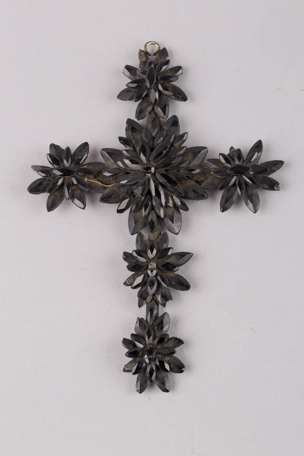 Cross pendant made of jet beads (Weaver's Cottage)